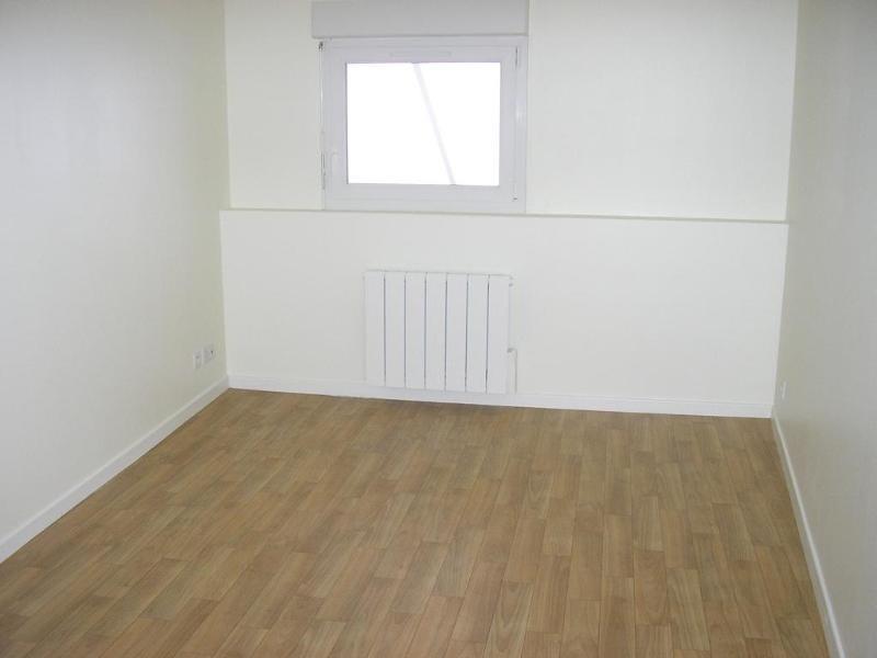 Location appartement Nantua 498€ CC - Photo 3