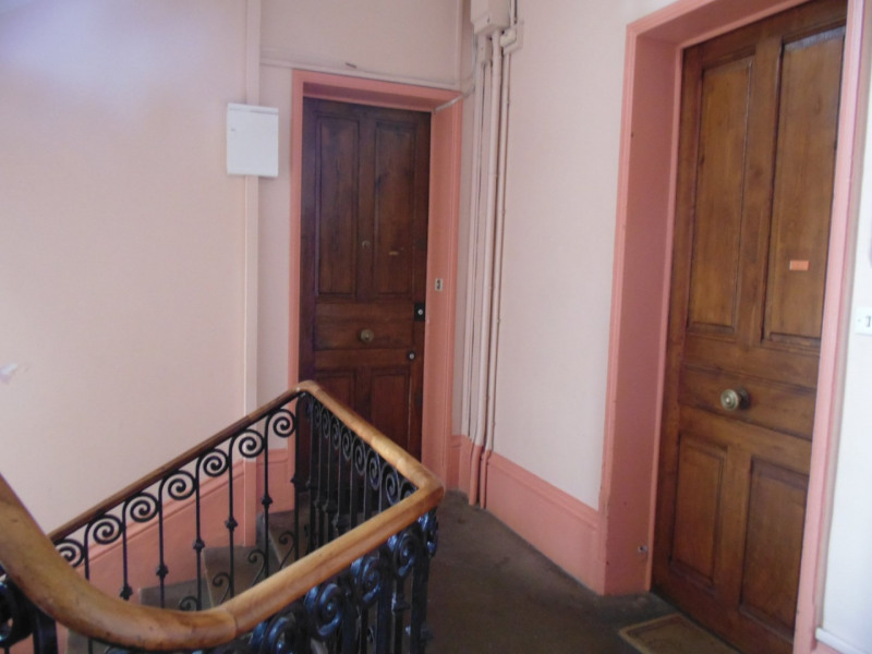 Sale apartment Grenoble 179 000€ - Picture 2