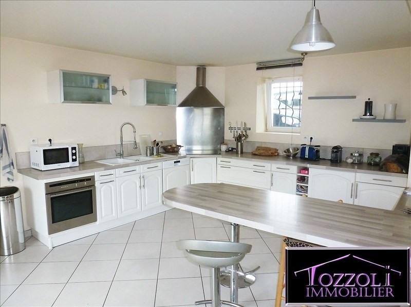 Sale house / villa Saint quentin fallavier 276000€ - Picture 3