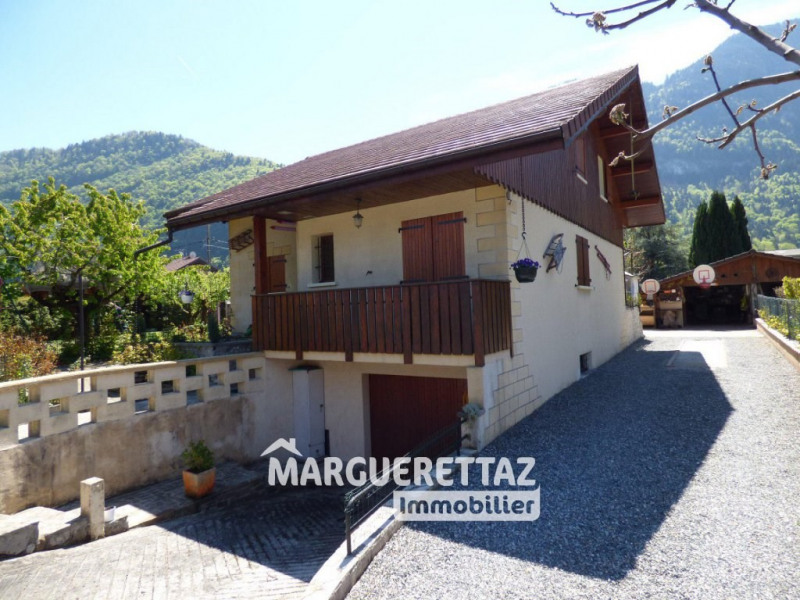 Sale house / villa Bonneville 380 000€ - Picture 1