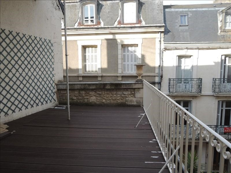 Location appartement Poitiers 615€ CC - Photo 3