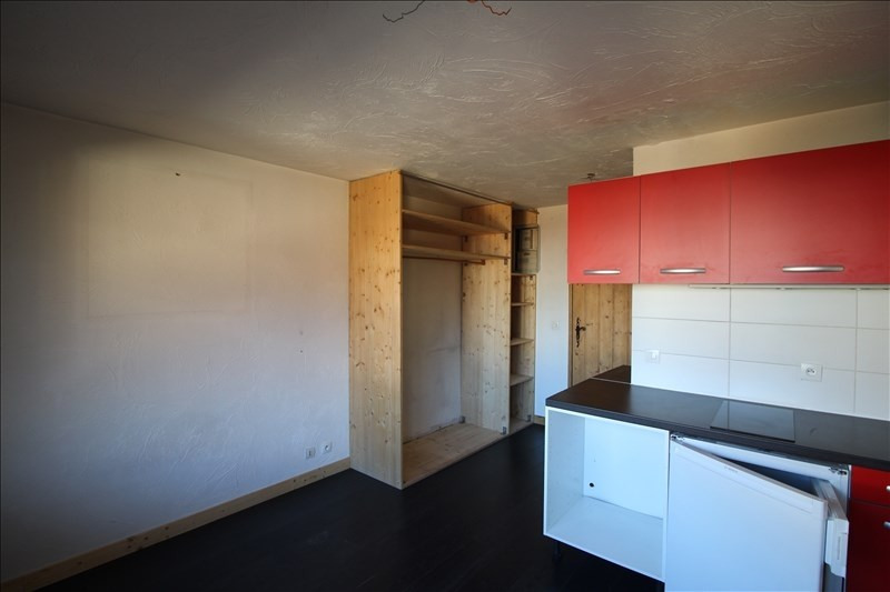Rental apartment Sallanches 420€ CC - Picture 2