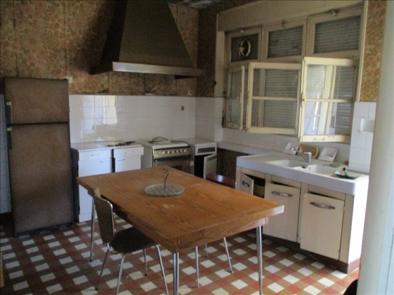 Sale house / villa St jean d angely 54500€ - Picture 2
