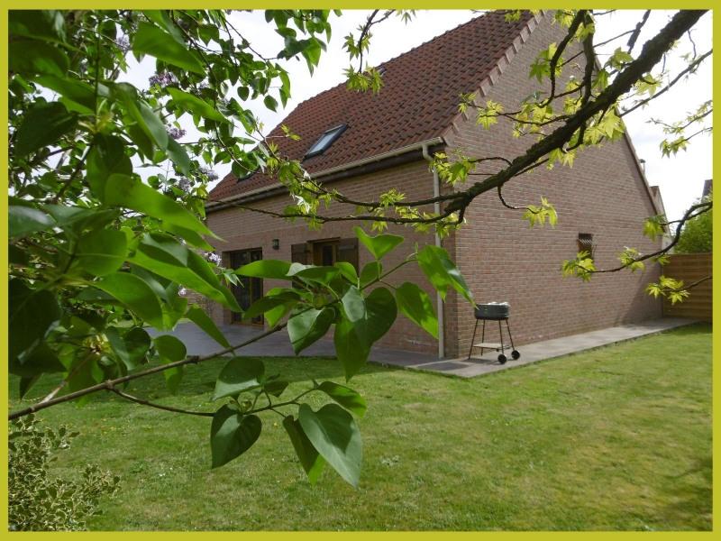 Sale house / villa Bauvin 244900€ - Picture 1