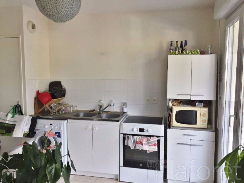Investment property apartment Bourgoin jallieu 129 900€ - Picture 3
