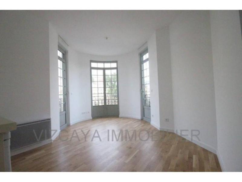 Location appartement Nice 765€ CC - Photo 2