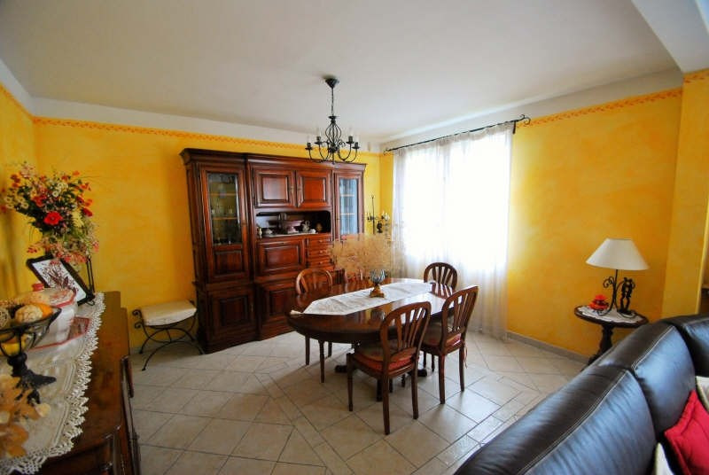 Revenda casa Bezons 490000€ - Fotografia 3
