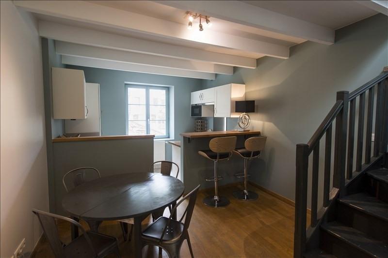 Location maison / villa Ste foy les lyon 990€ CC - Photo 3