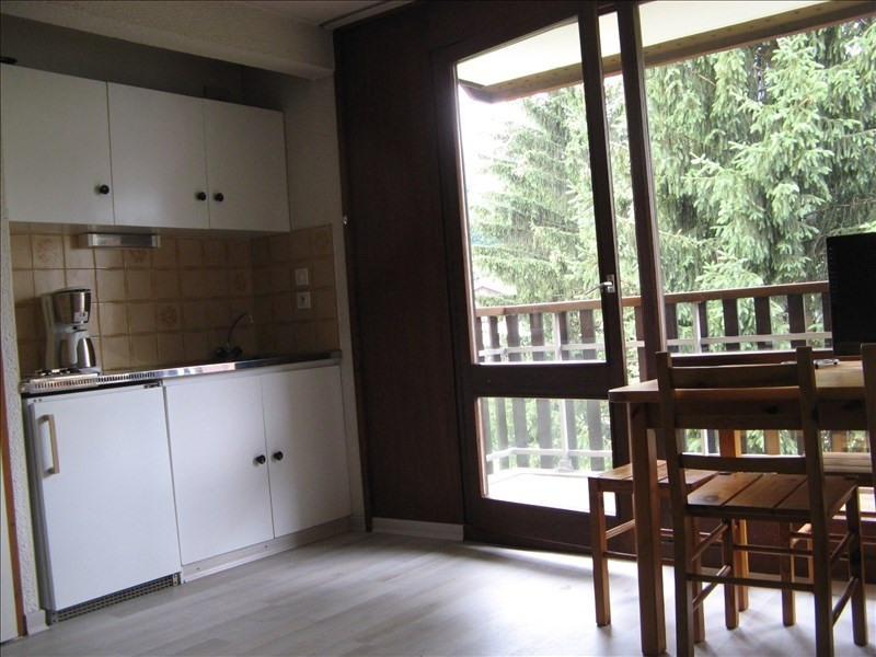 Rental apartment Sallanches 397€ CC - Picture 1