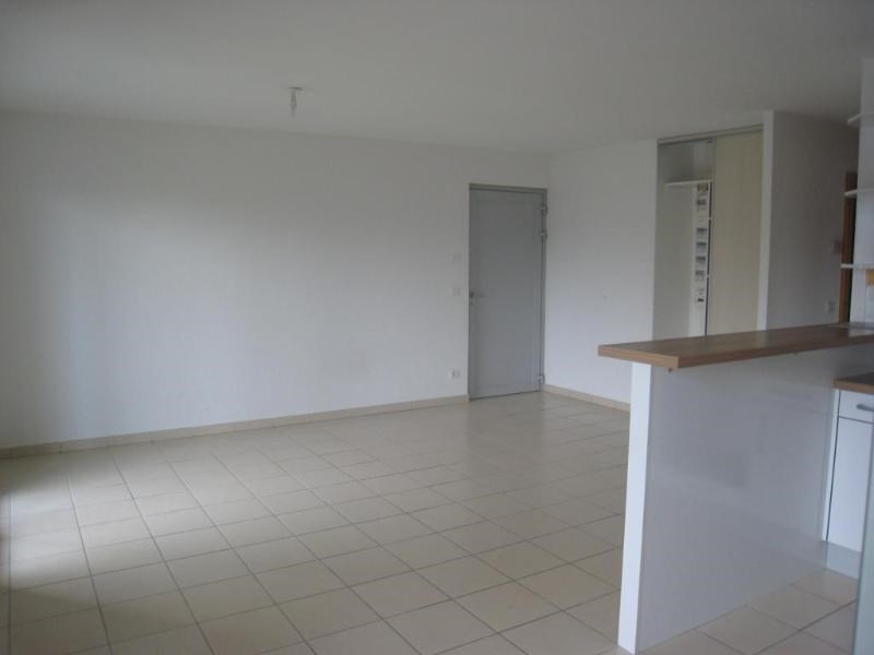 Location appartement Reignier-esery 895€ CC - Photo 2