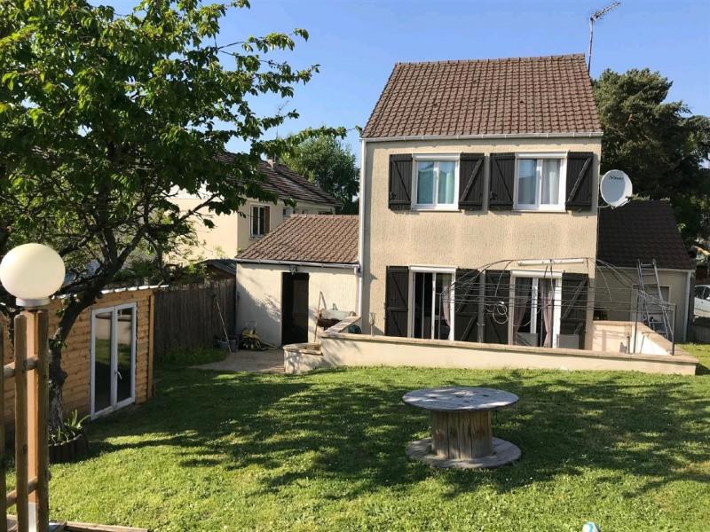 Sale house / villa Mery sur oise 325500€ - Picture 1