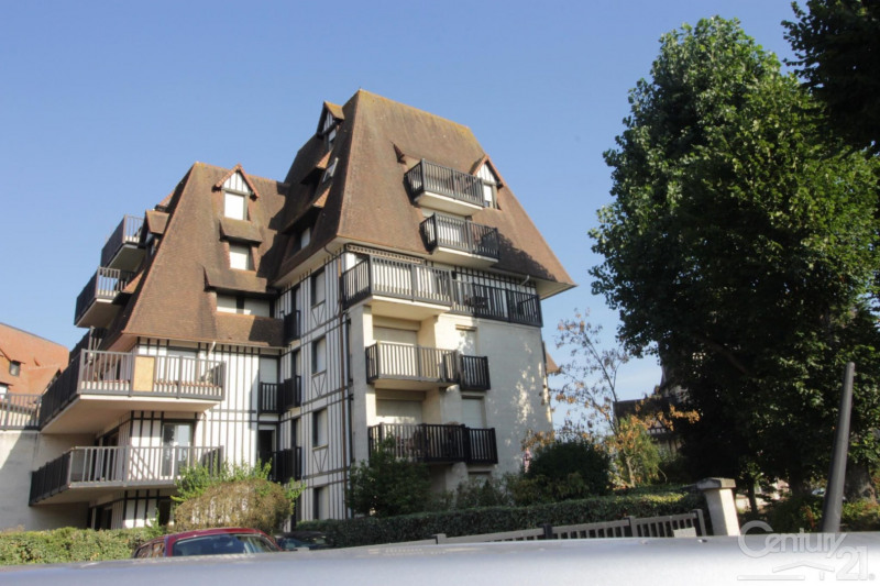 Revenda apartamento Tourgeville 240000€ - Fotografia 1