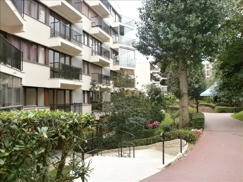 Location appartement Le chesnay 950€ CC - Photo 1