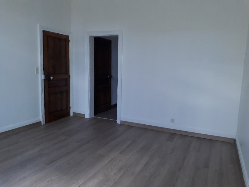 Location maison / villa Limoges 1 050€ CC - Photo 8