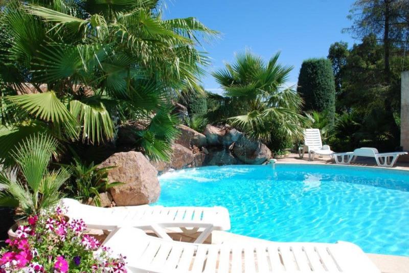 Deluxe sale house / villa Les adrets-de-l'estérel 880000€ - Picture 3