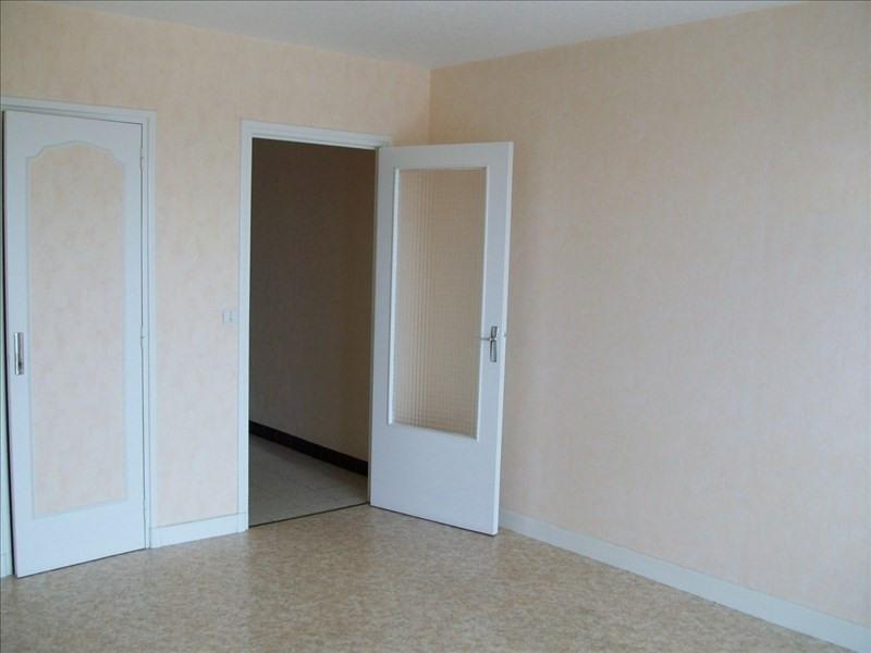 Sale apartment Le coteau 55000€ - Picture 2