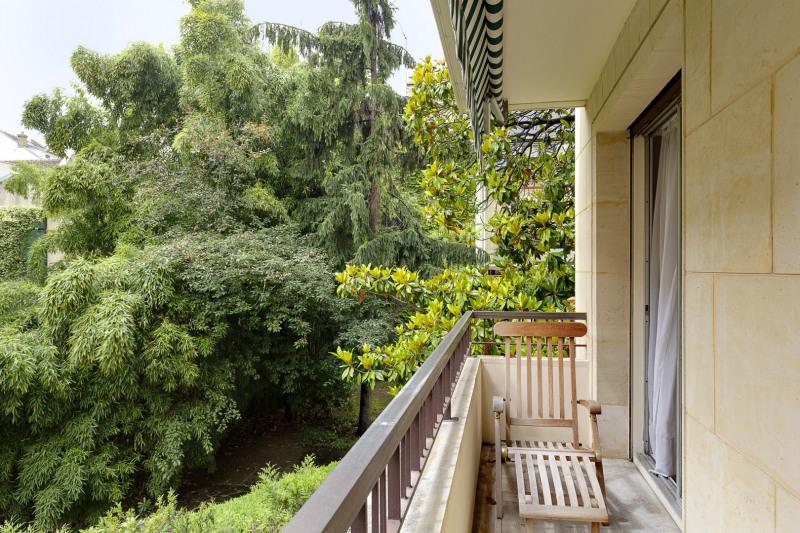 Neuilly-sur-Seine – A 189 sqm apartment in a leafy environment.