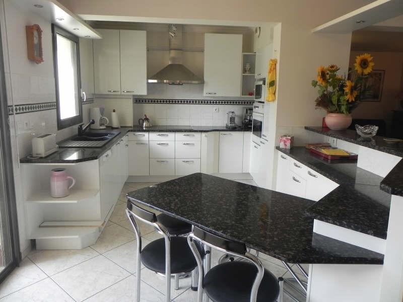 Sale apartment Perros guirec 530450€ - Picture 2