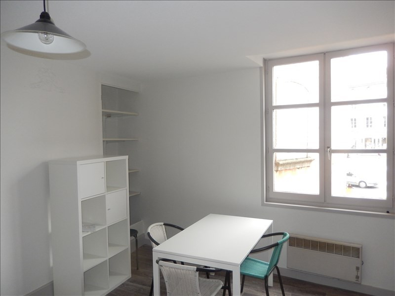 Location appartement Le puy en velay 341,79€ CC - Photo 5