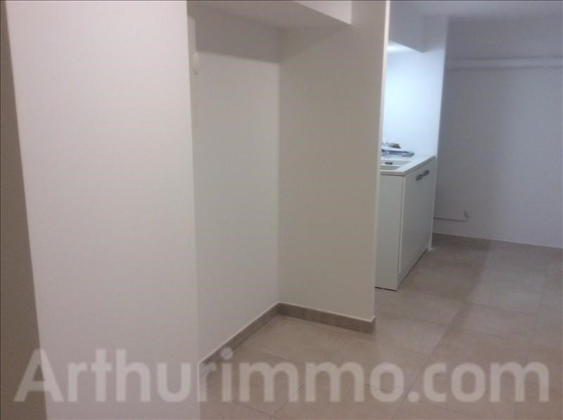 Rental empty room/storage Lodeve 550€ +CH/ HT - Picture 2