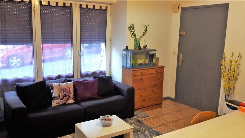 Sale apartment Gex 180000€ - Picture 1