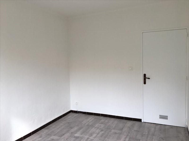 Location appartement Aix en provence 910€ CC - Photo 7