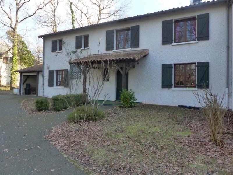 Sale house / villa Croutelle 399000€ - Picture 1