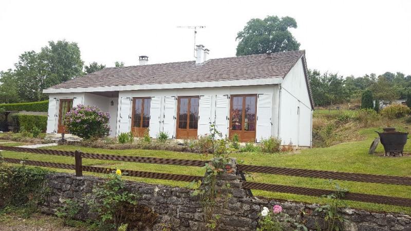 Sale house / villa Escames 158000€ - Picture 1