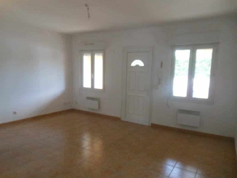 Rental apartment Bezouce 594€ CC - Picture 2