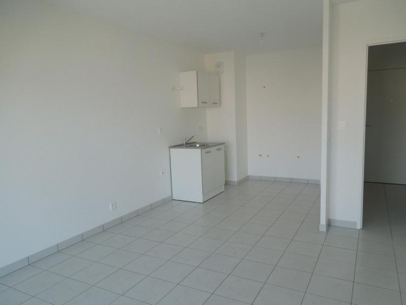 Rental apartment Le mee sur seine 650€ CC - Picture 3
