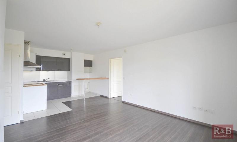 Sale apartment Plaisir 185000€ - Picture 3