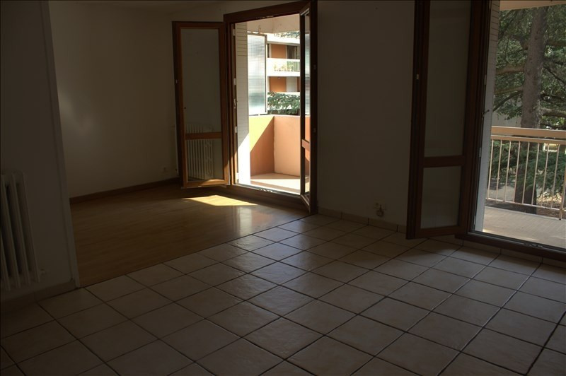 Location appartement Avignon 620€ CC - Photo 3
