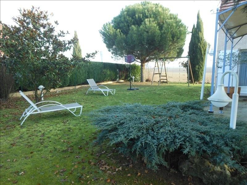 Sale house / villa Brie comte robert 399000€ - Picture 11
