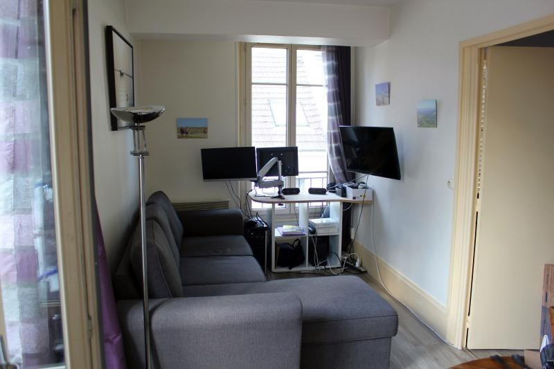 Rental apartment Poissy 682€ CC - Picture 2