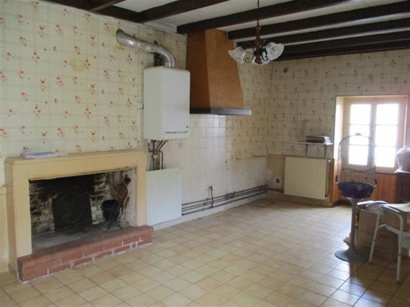 Sale house / villa St jean d angely 38 000€ - Picture 2