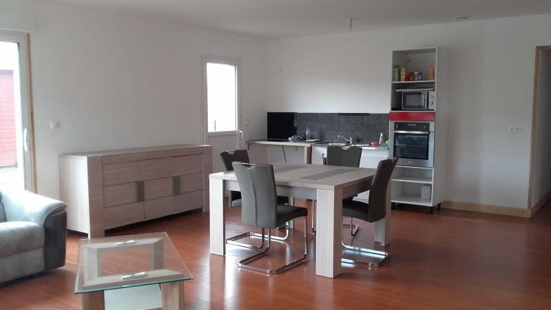 Location maison / villa Liguge 700€ +CH - Photo 3