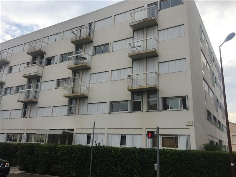 Sale apartment Salon de provence 110000€ - Picture 1
