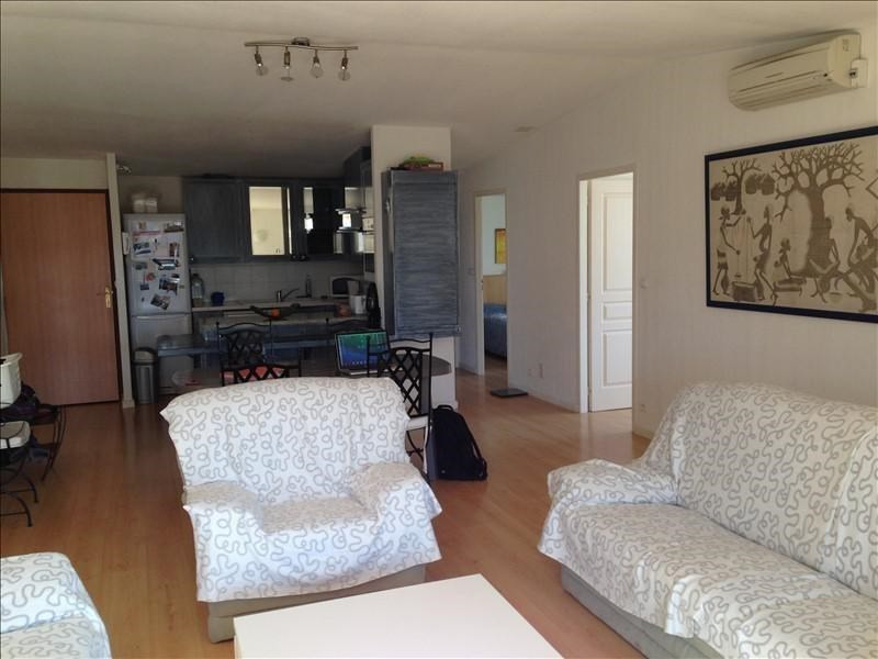 Rental apartment Pelissanne 995€ CC - Picture 2
