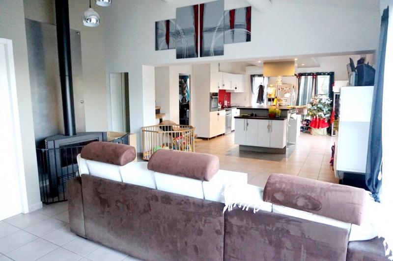 Vente maison / villa Les milles 290000€ - Photo 4