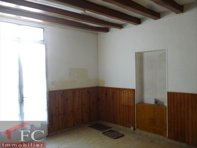 Vente maison / villa La chartre sur le loir 43800€ - Photo 3