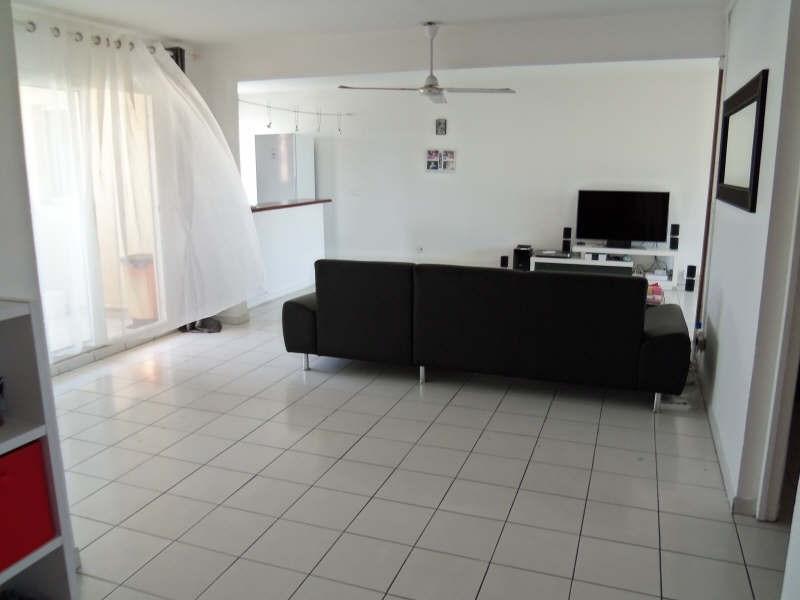Rental apartment St francois 800€ CC - Picture 2