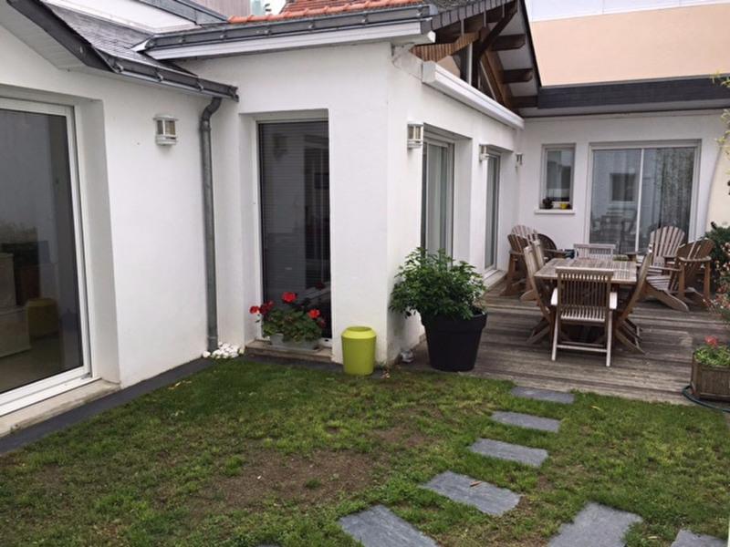 Deluxe sale house / villa La baule 644800€ - Picture 1