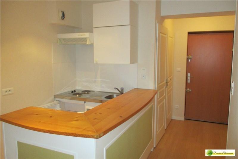 Location appartement Angouleme 510€ CC - Photo 3