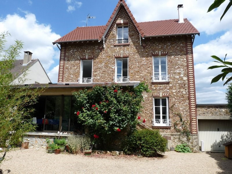 Deluxe sale house / villa Orgeval 1 090 000€ - Picture 1