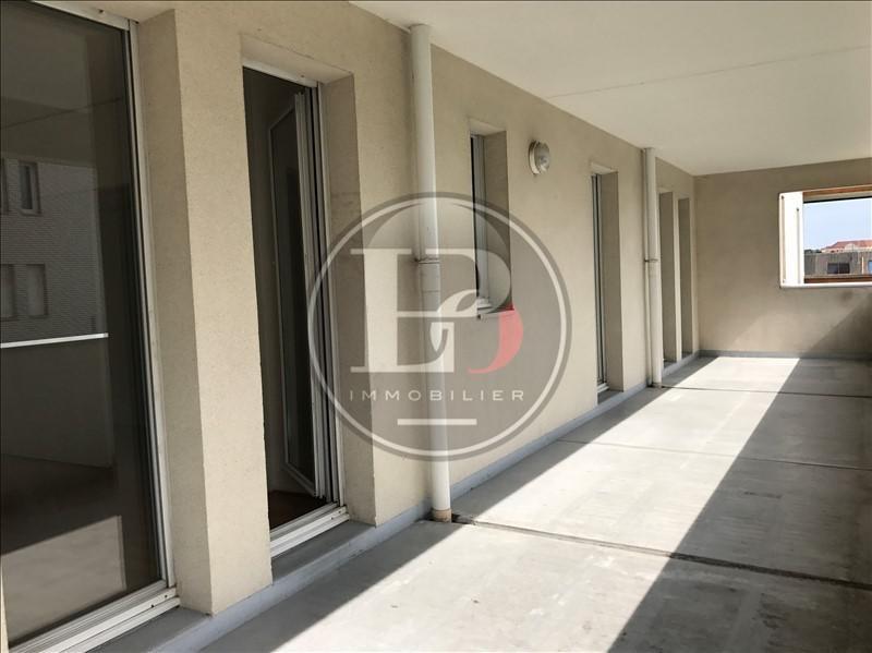 Rental apartment St germain en laye 910€ CC - Picture 3