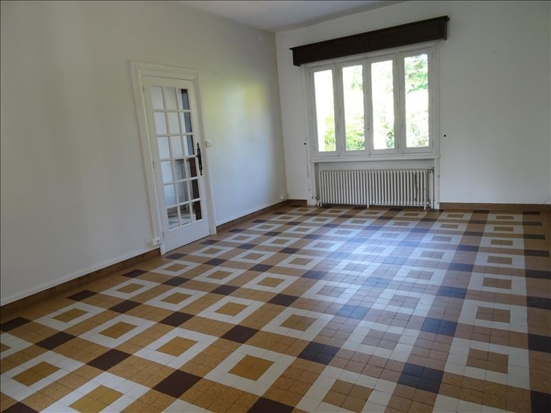Location maison / villa Riorges 900€ CC - Photo 3