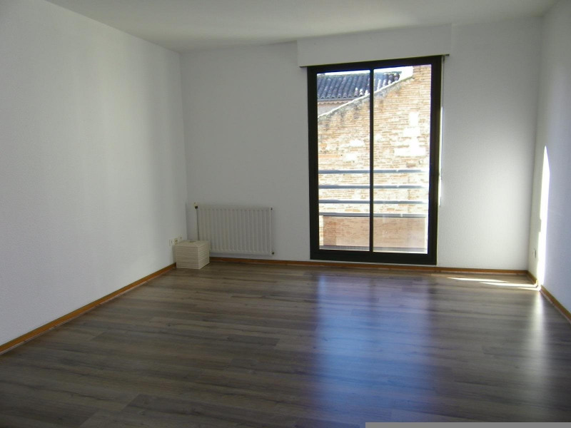 Rental apartment Agen 600€ CC - Picture 2