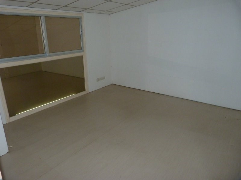Vente local commercial Baie mahault 118000€ - Photo 4