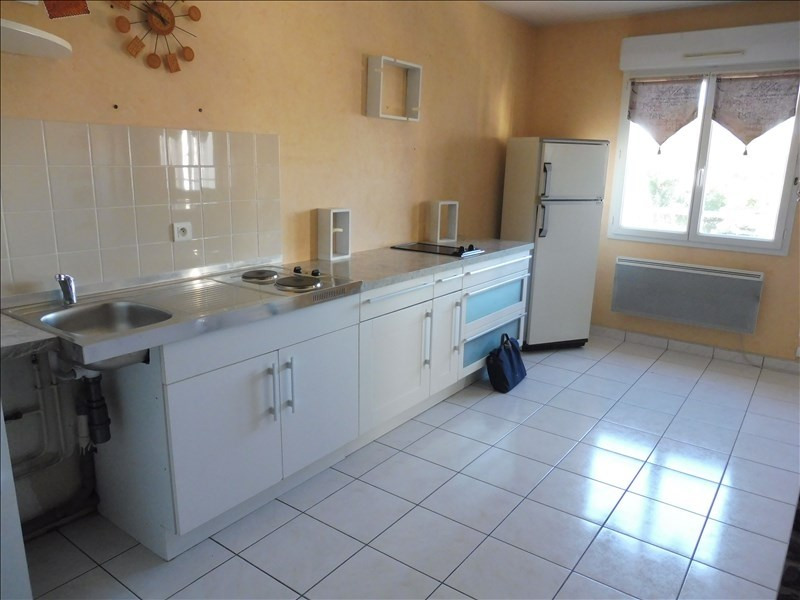 Sale apartment La roche sur yon 75000€ - Picture 2