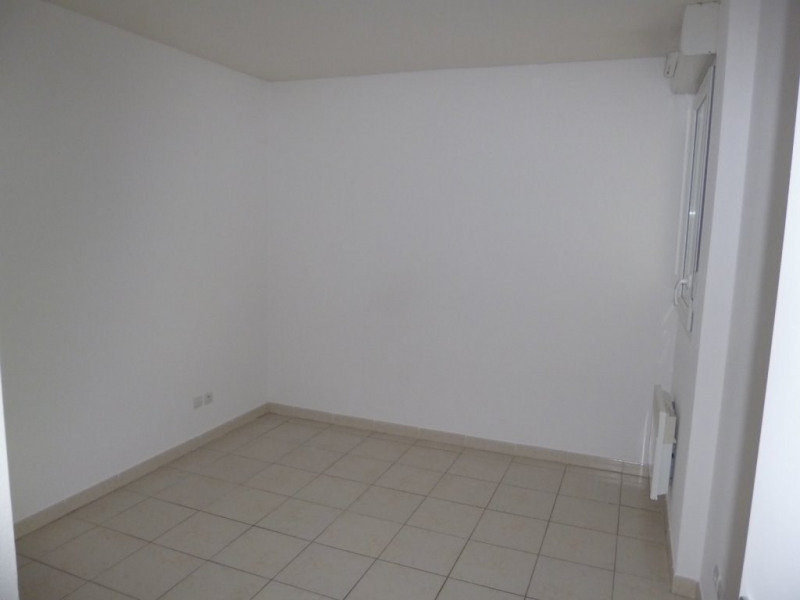 Location appartement Nimes 540€ CC - Photo 6